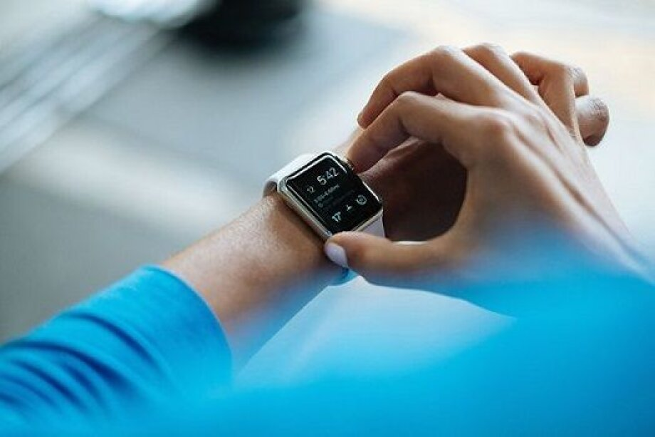 Poland stands out in wearables transactions