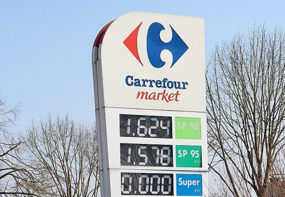 Carrefour Polska develops network of franchise stores at Total gas stations