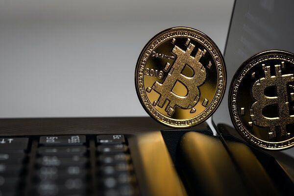 Cryptocurrency theft global value rise 38 percent with $513 million stolen in 2020